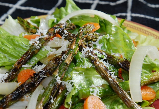 Wow that asparagus looks yummy.