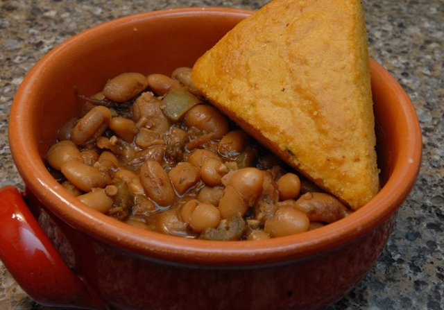 Stewed beans and jalapeno cornbread=strong odors