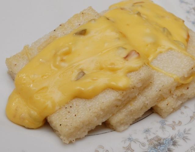 Mmmmmmmm cheese sauce